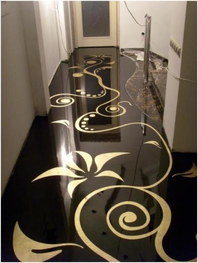 Пол в коридоре или прихожей